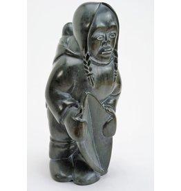 Inukjuak Woman, Child and kudlik