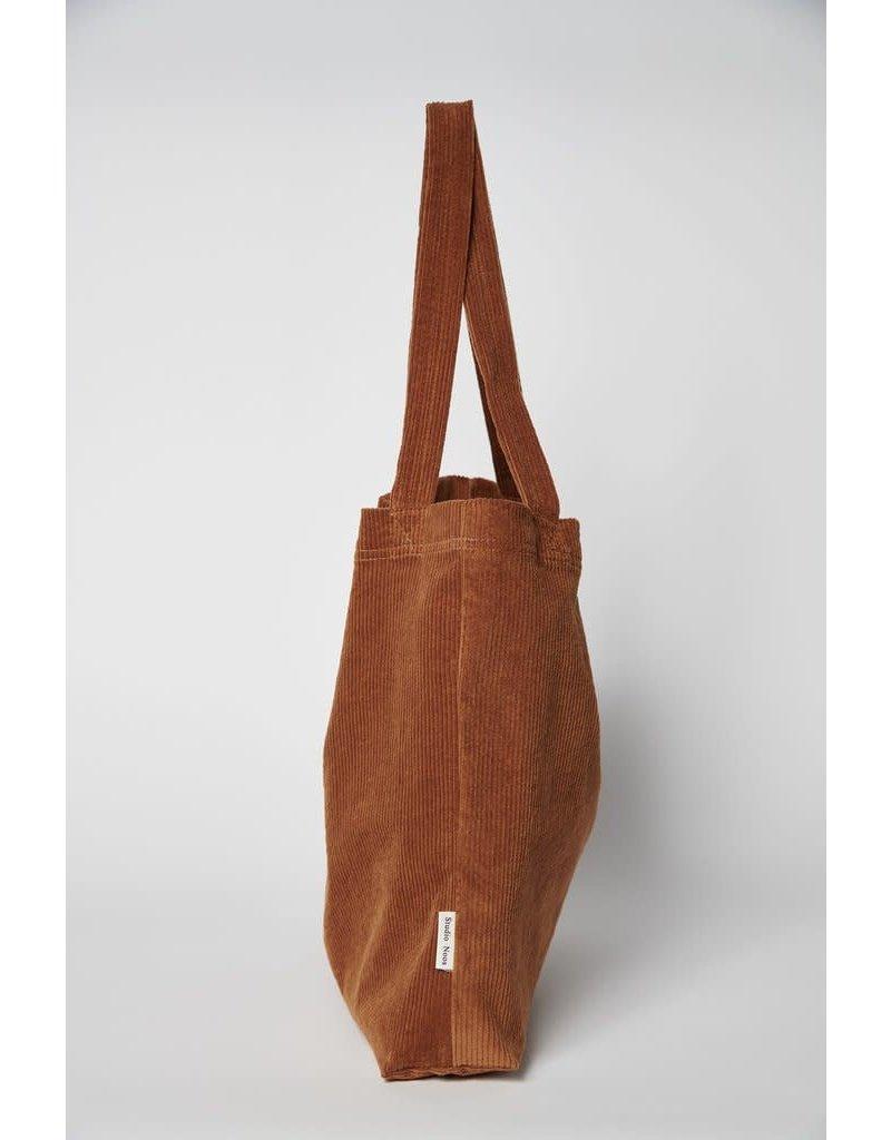Studio Noos Brown-ie rib mom-bag