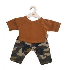 Hollie Poppenbroek en -shirt camouflage ochre