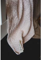 Mies & Co Ledikantdeken Honeycomb soft pink