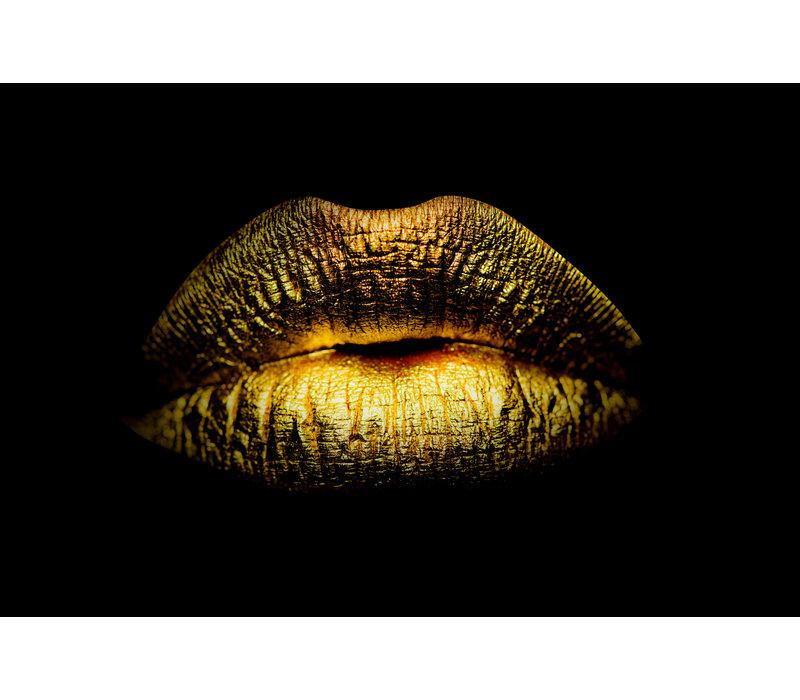 Golden kisses