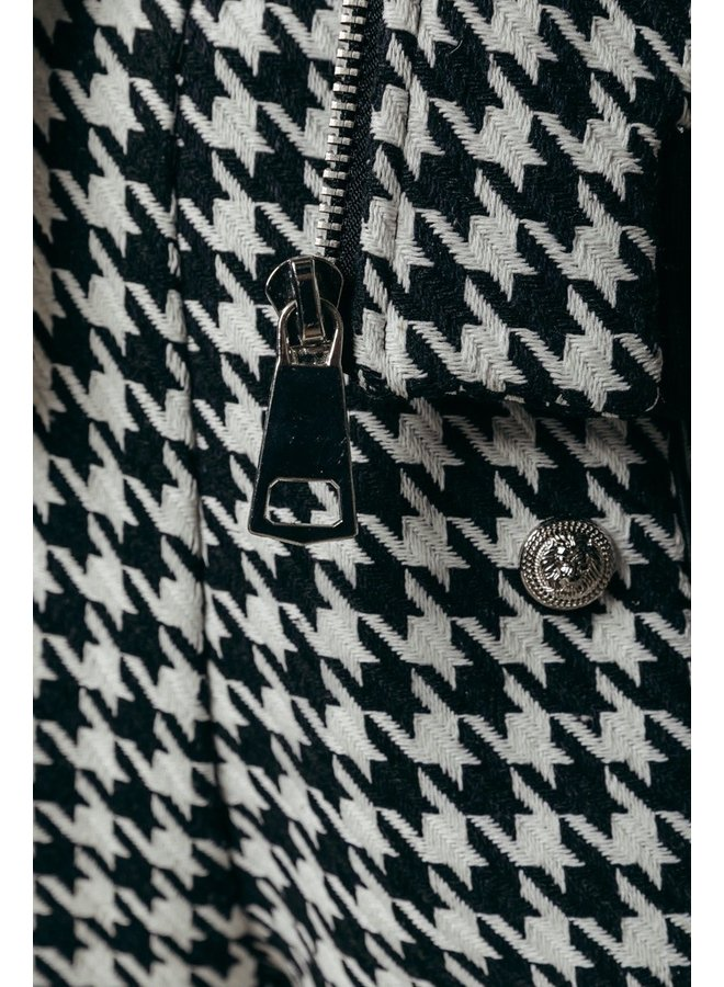 Colourful Rebel - Lizzy Dogtooth Bomber Jacket | Black/white