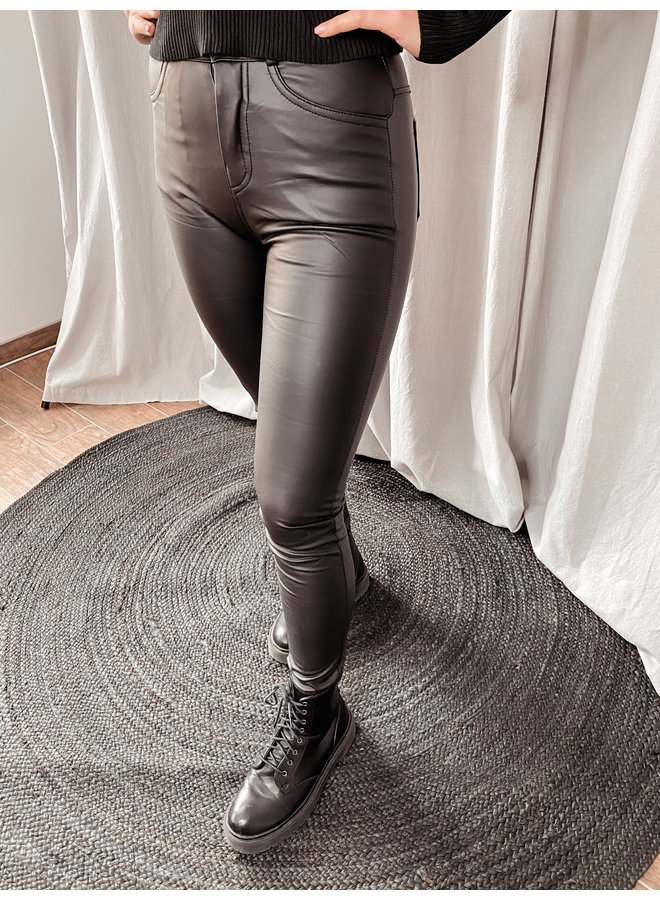 Leather legging