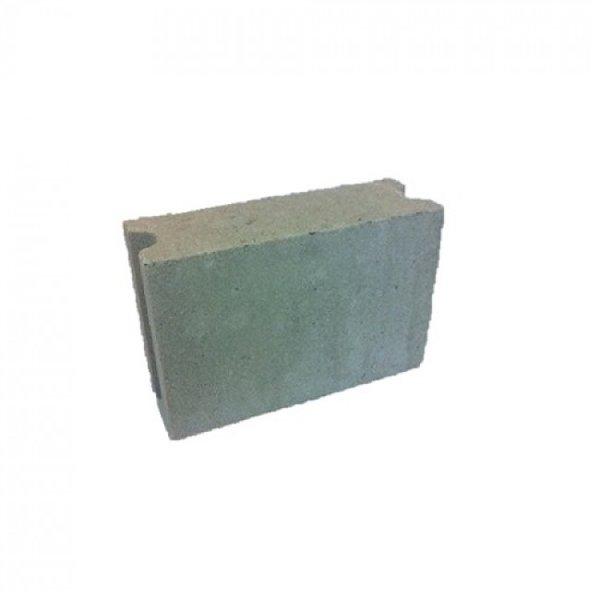 Betonblokken 29x10x19cm (€0,83)