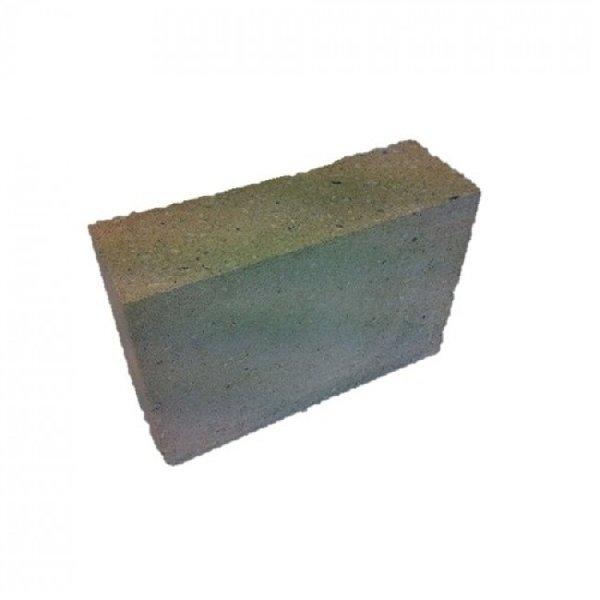 Betonblokken 30x10x15cm (€0,90)