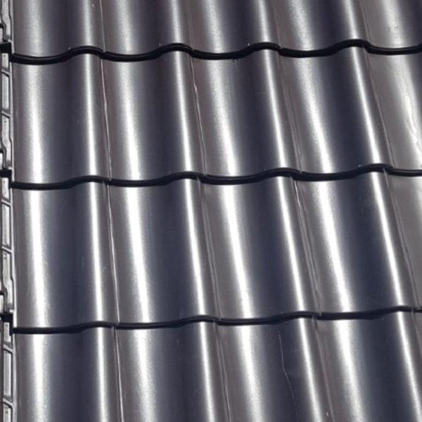 Monier Nieuwe Hollander dakpan Zwart engobe 420 x 267 mm