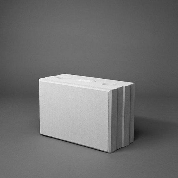 Kalkzandsteen vellingblok 29,7x12x19,8cm (€2,42)