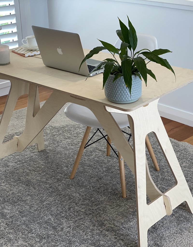 Compaqt Home Desk