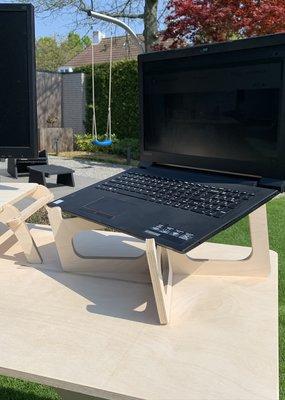 Compaqt Laptop Desk