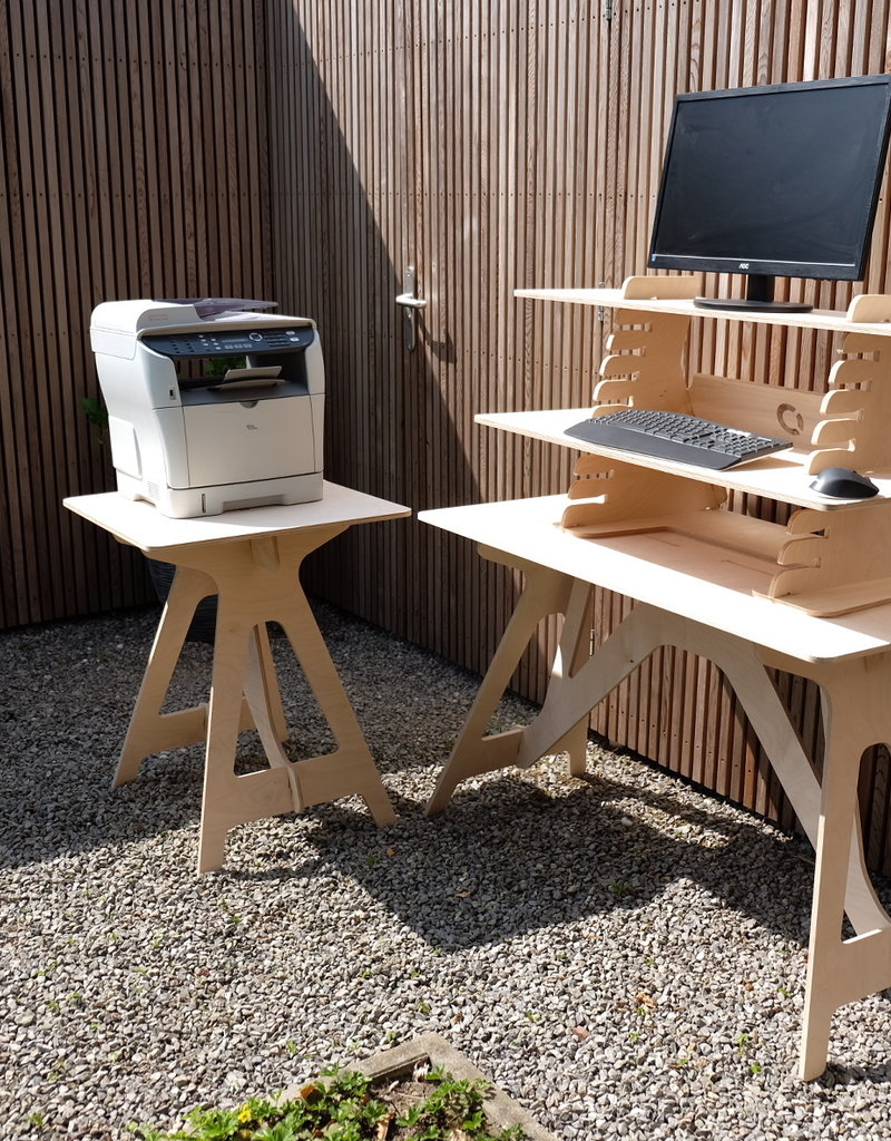 Compaqt Corner Desk