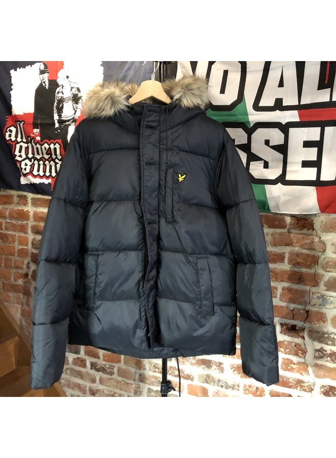 Wadded hooded bomber