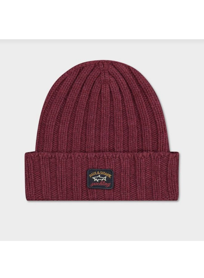 Éco-wool ribbed beanie with iconic badge - dark wine