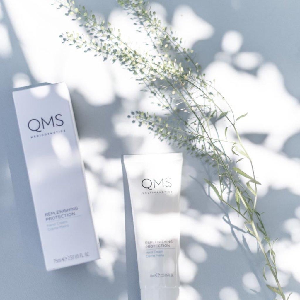QMS  QMS Replenishing Protection Hand Care 75 ml