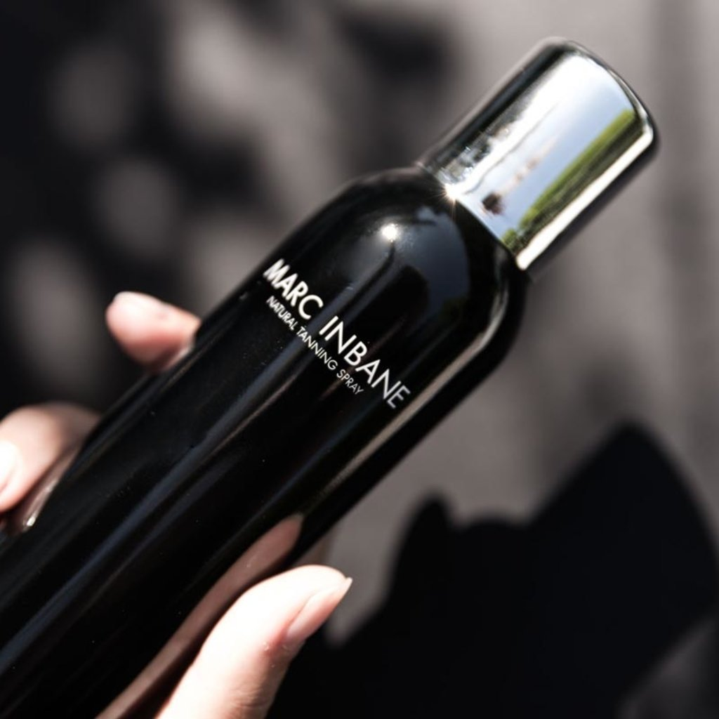 MARC INBANE Black Exfoliator Scrub + Natural Tanning Spray met zonnig voordeel