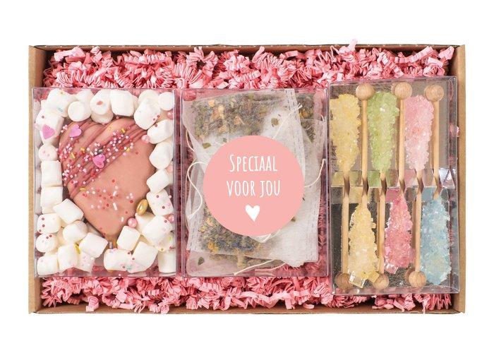 Cadeaupakket | Cakesicle, thee & rainbow sticks