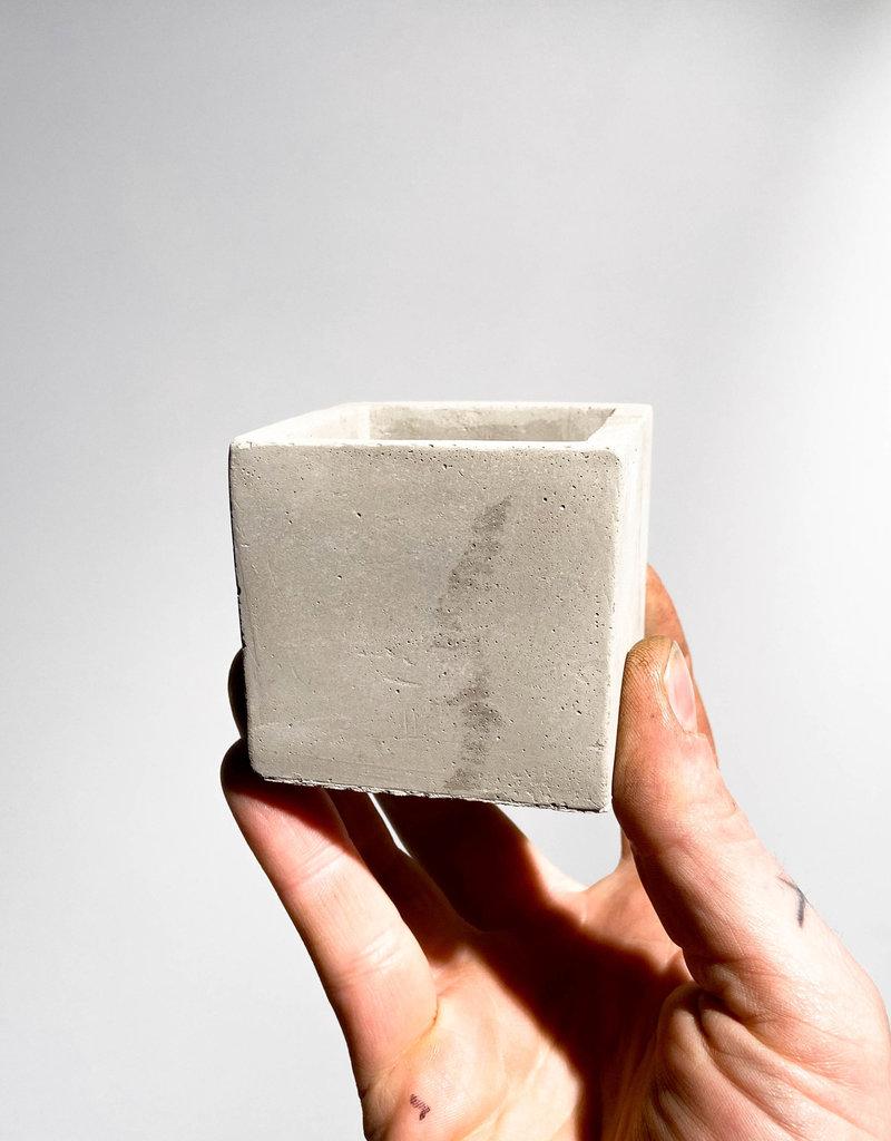 concrete pot cube S