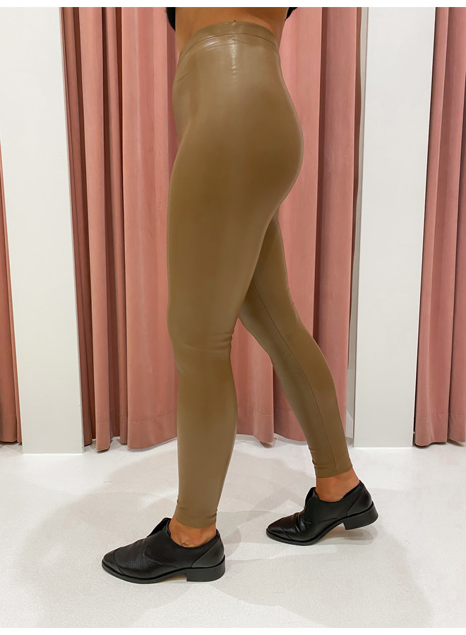 LEATHER LOOK LEGGING - CAMEL