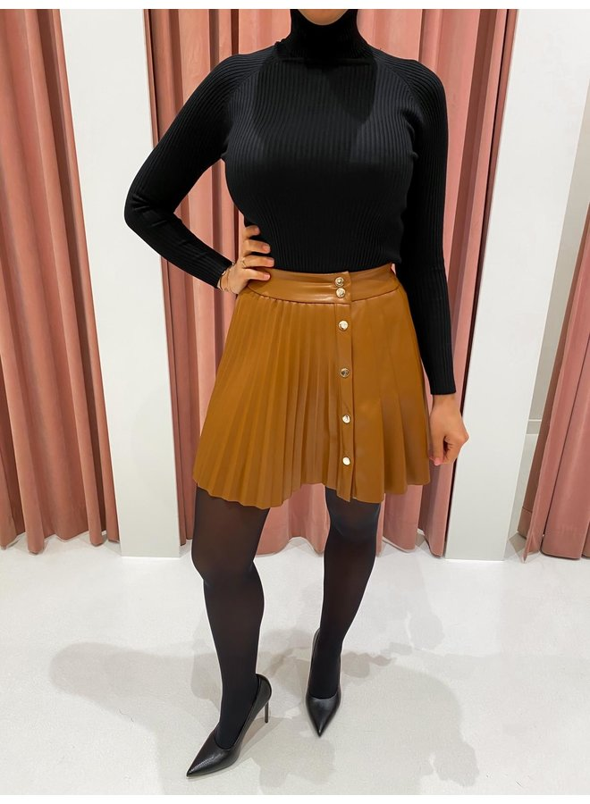 LEATHER LOOK PLISSÉ SKIRT - COGNAC