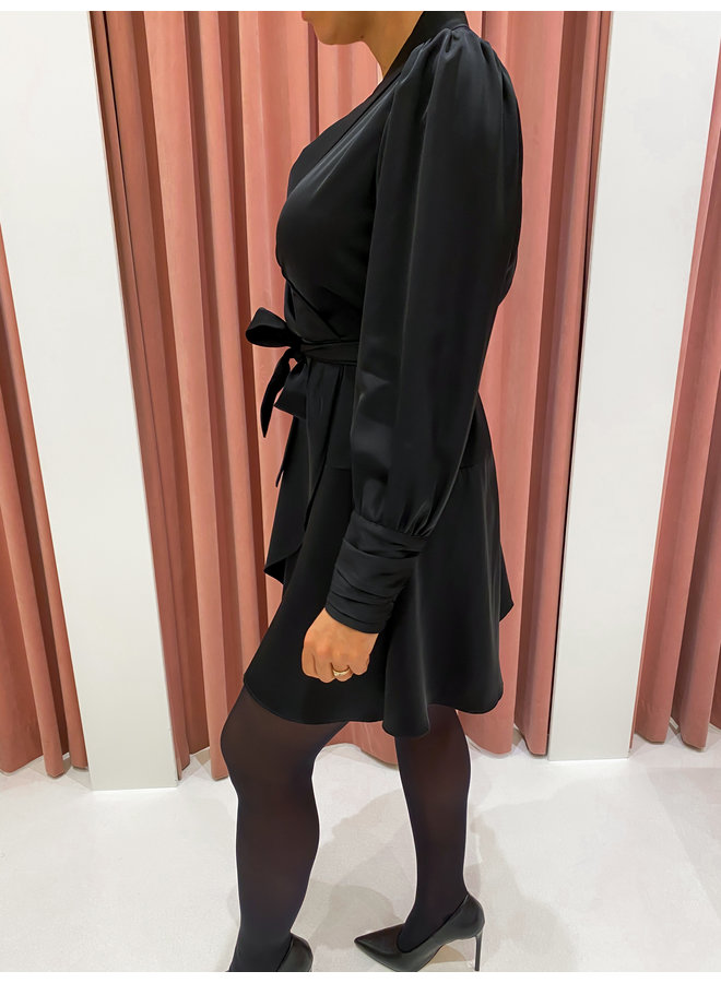 SILK BUNDLE DRESS - BLACK