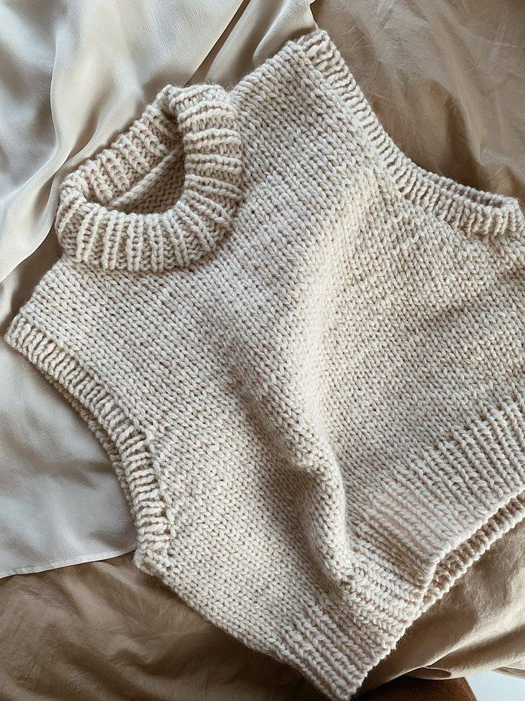 COZY WINTER KNITWEAR