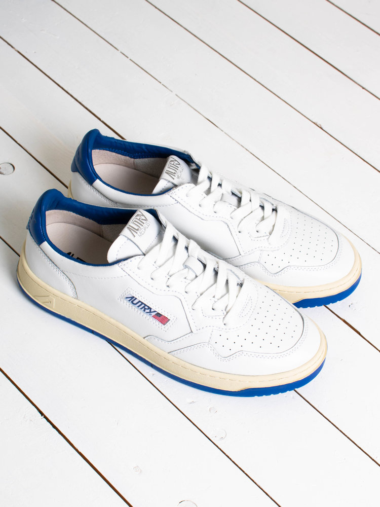 Autry Action Shoes Autry Action Shoes Medalist 01 Low Bicolor/Leather White/Blue