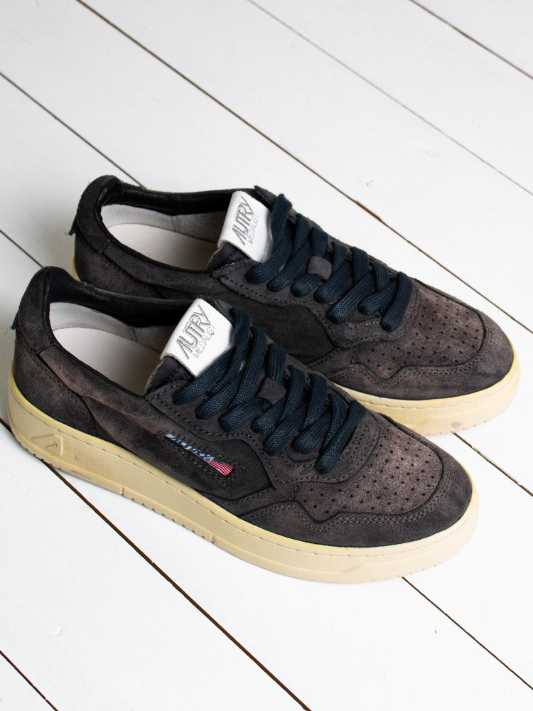 Autry Action Shoes Autry Action Shoes Medalist 01 Low Suede/Suede Black