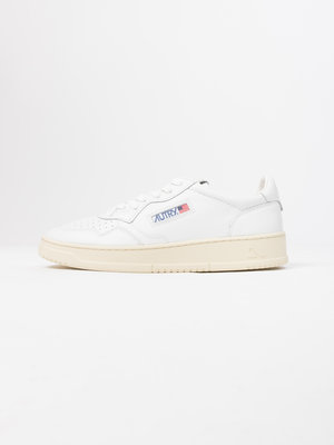 Autry Action Shoes Autry Action Shoes Medalist 01 Low Leather/Leather White/White