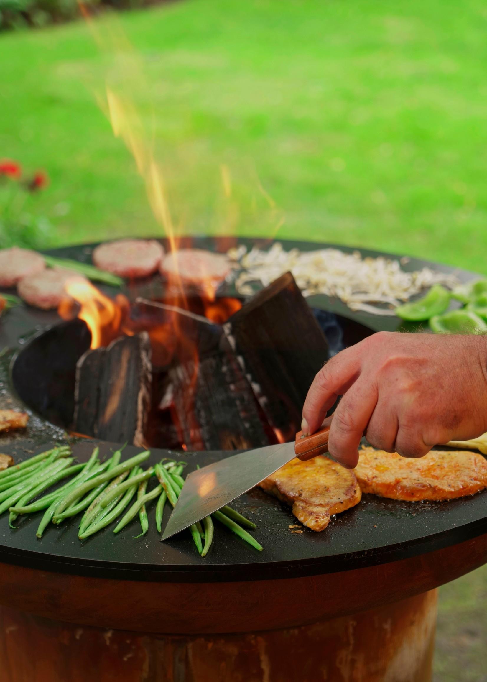 Bonfeu Barbecue BonBiza roest