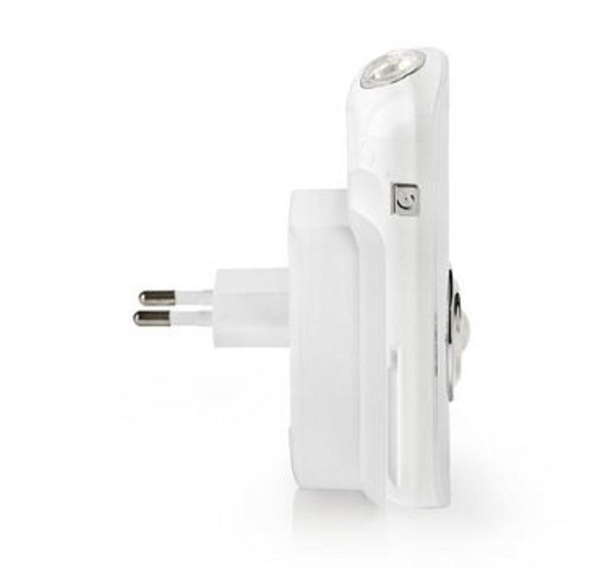 Plug-In LED Nachtlamp met Stekker en Zaklamp | Dag/Nachtsensor | Bewegingssensor