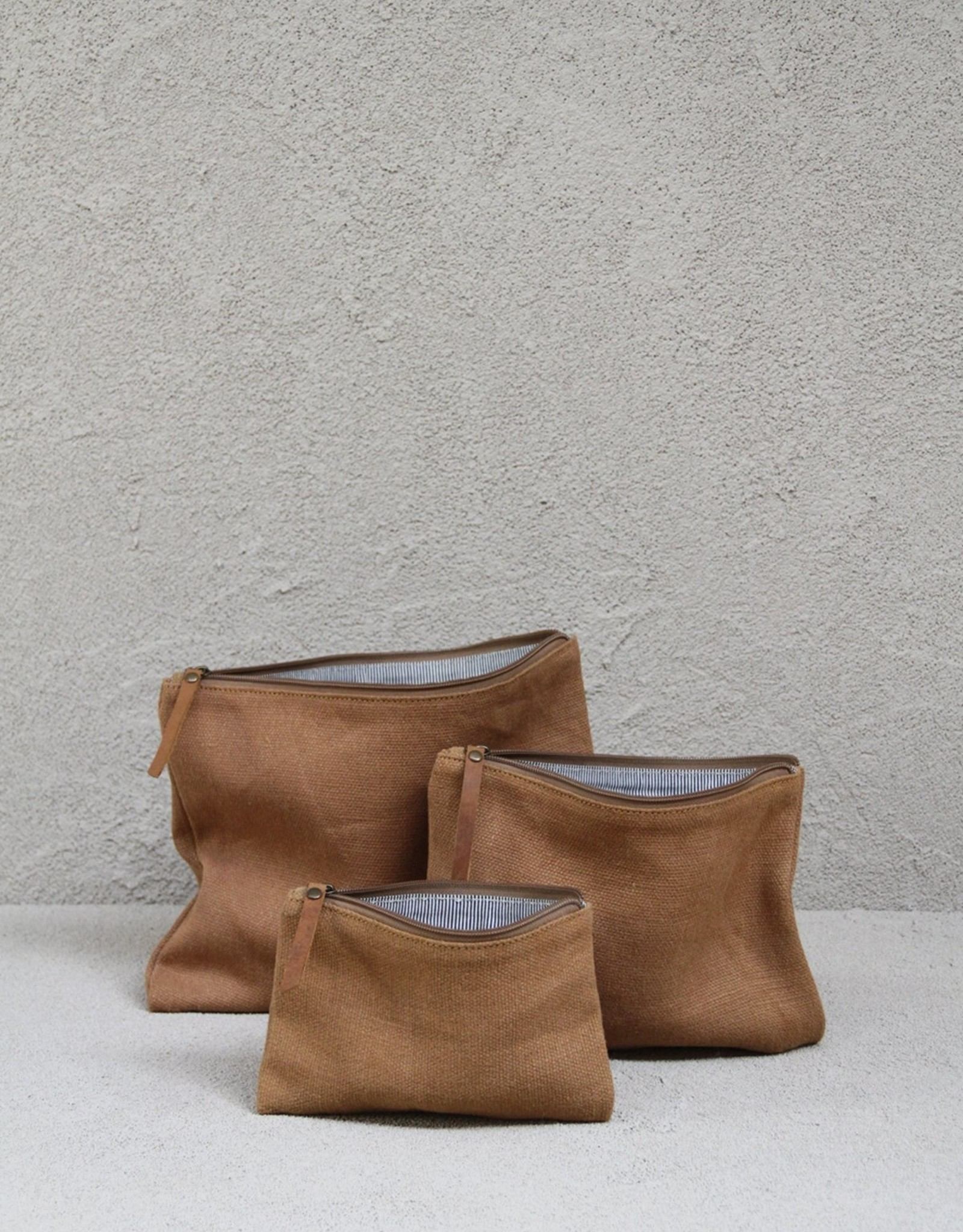 THE DHARMA DOOR JUTE CANVAS POUCH SMALL - CAMEL