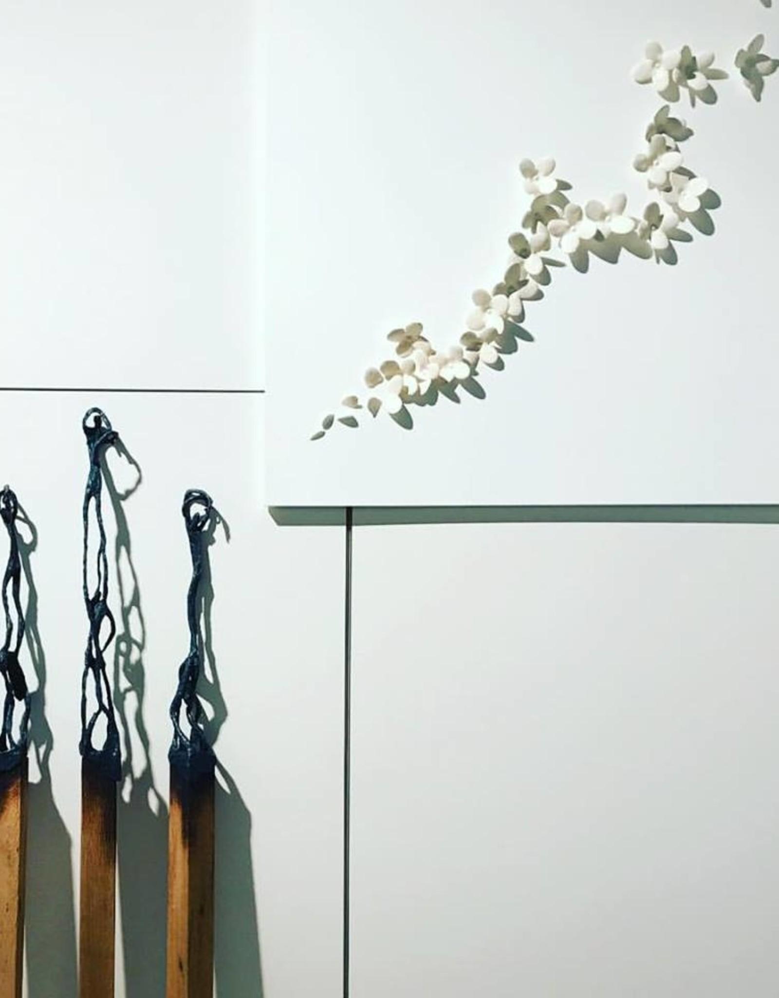 ANN VRIELINCK LUCIFER TO STIMULATE - BRONZEN BEELD