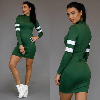 Langarm-Kleid-Grün-sportlicher Look