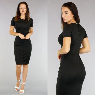 Basic Black Bodycon Midi-Kleid mit kurzen Ärmeln