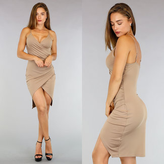Kamel Mullet Kleid mit Plissee Taille