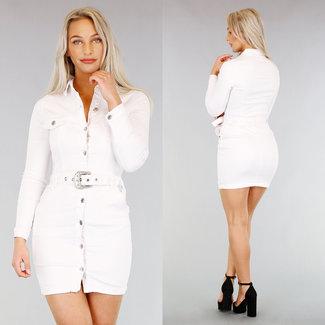 Short White Denim-Kleid mit Gürtel
