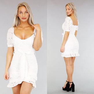 NEW0104 Weiß Stickerei-Kleid mit Bund