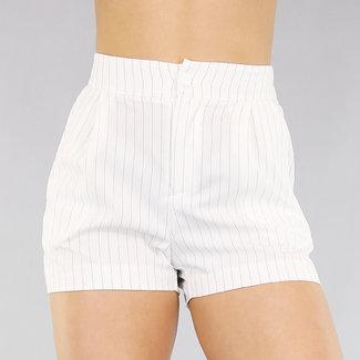 NEW0104 Kurze gestreifte Hose mit hohen Hüfte Weiß
