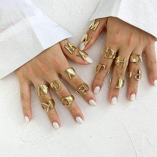 Goldener Brief Ring A t / m J