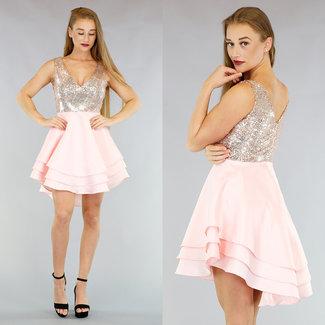 Hellrosa Satin Mullet Skater-Kleid mit Pailletten