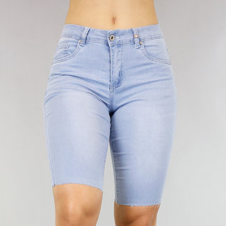 NEW2705 Light Blue Jeans Bermuda mit Wassing