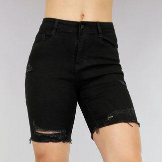 Schwarz zerrissene Jeans-Bermuda