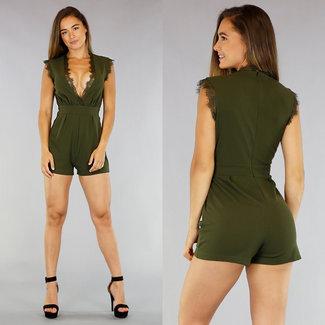 Grün Playsuit mit sexyer Spaltung ©