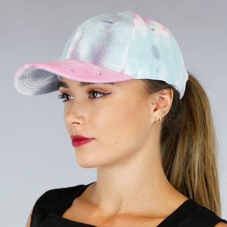 Beschädigte Abbindebatik Kappe mit hellen Farben