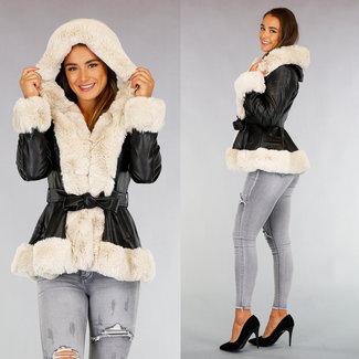 NEW0909 Schwarze Leder-Look Jacke mit beige Fell und Bund