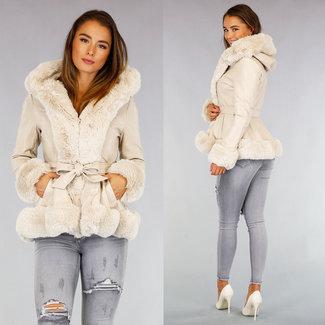 NEW0909 Beige Leder-Look Jacke mit Pelz und Bund