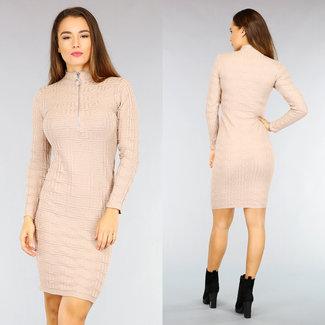 NEW2110 Beige, figurbetontes Kleid mit Grafik-Muster