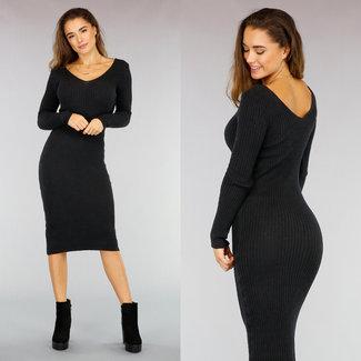 NEW0411 Kord-Kleid mit V-Ausschnitt in Schwarz