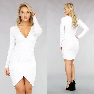 NEW1811 Langärmeliges, figurbetontes Plissee-Kleid in Weiß