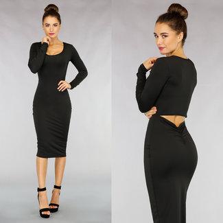 NEW1811 Figurbetontes Kleid mit Aussparung in Schwarz