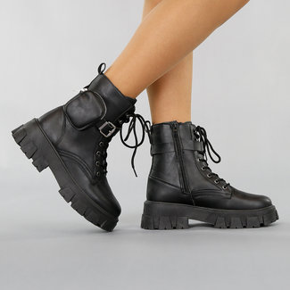 Schwarze Biker-Stiefel mit Tasche
